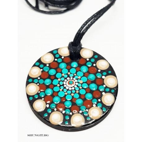 Медальон от шунгит  с нарисувани елементи  Мандала