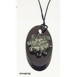 Медальон от шунгит със SWAROVSKI® CRYSTALS