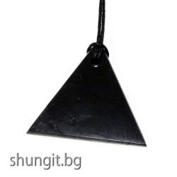 """Медальон """"Триъгълник B"""""""