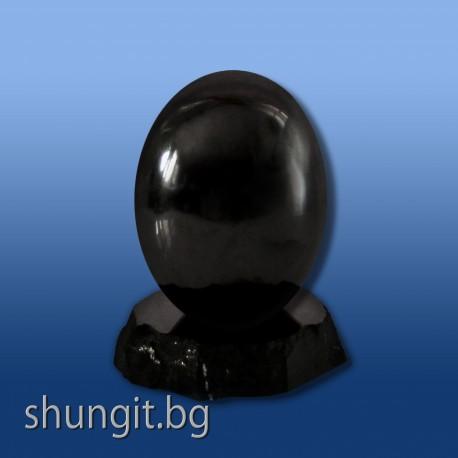 """Яйце""""Щастие"""" от шунгит 6 см.(полирано)"""