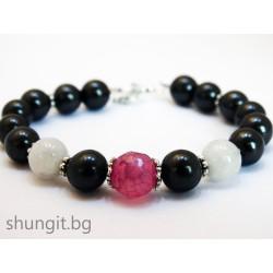 Гривна от шунгит, лунен камък и розов ахат